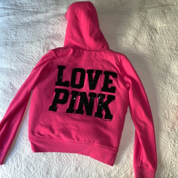 PINK Victoria's Secret Jackets & Blazers - 💗EUC Furry lined PINK hoodie sequined LOVE PINK
